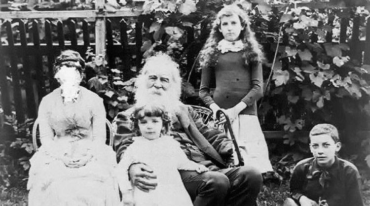 walt-whitman-family