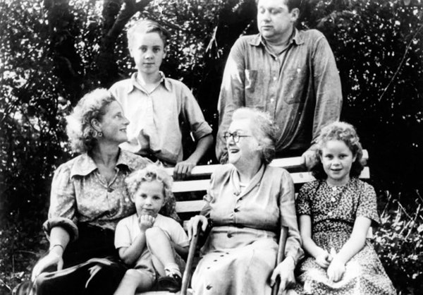 dylan-thomas-family