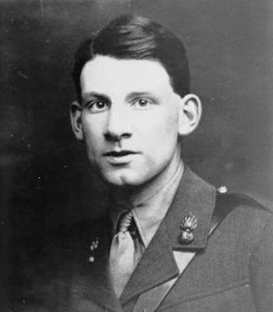 a critique of the life and work of siegfried sassoon Captain siegfried sassoon at the somme  siegfried sassoon was perhaps the most innocent of the war poets  vinced the review board that sassoon was suffering.