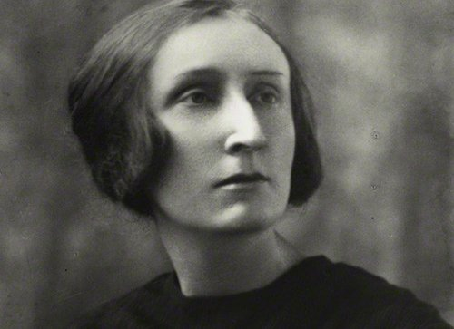 biography-Edith-Sitwell