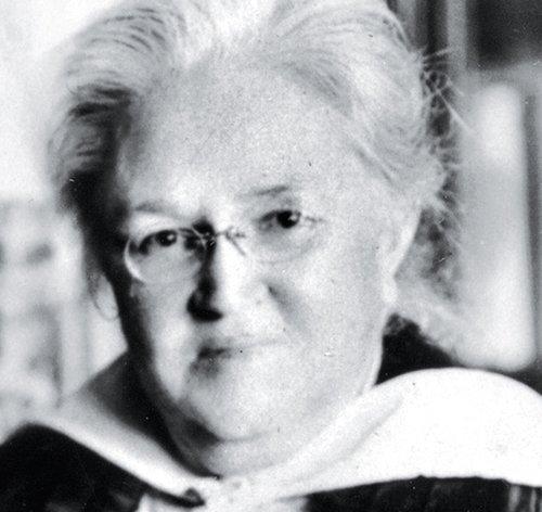 biography-Katharine-Lee-Bates