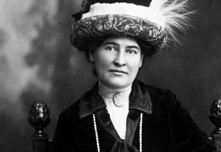 biography Willa Cather