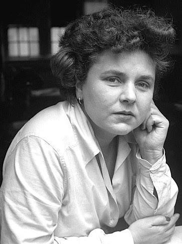 Elizabeth Bishop is an American poetess
