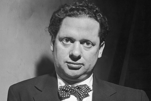 a biography of dylan marlais thomas a writer Biography dylan thomas was born in the uplands area of swansea, wales his father david, who was a writer and possessed a degree in english, brought his son up to.
