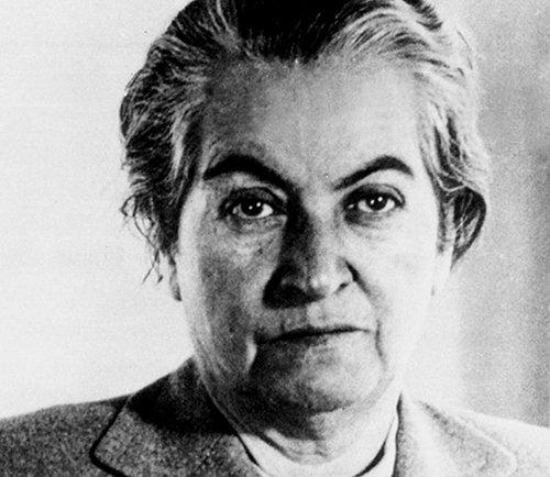 biography Gabriela Mistral